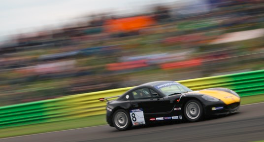 Chadwick close to championship title in Ginetta GT5 Challenge