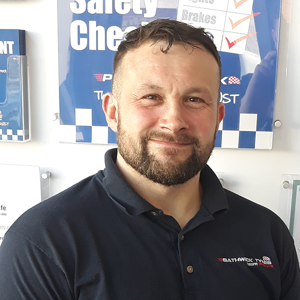 Martyn Filer protyre garage manager