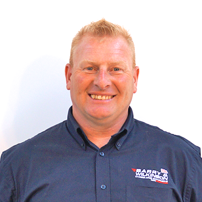 Simon Anderton protyre garage manager