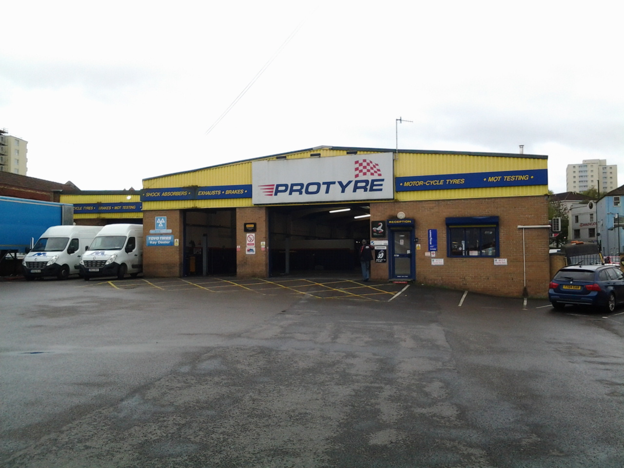 Get Tyres In Bristol Tyre Fittings Servicing Mots Protyre